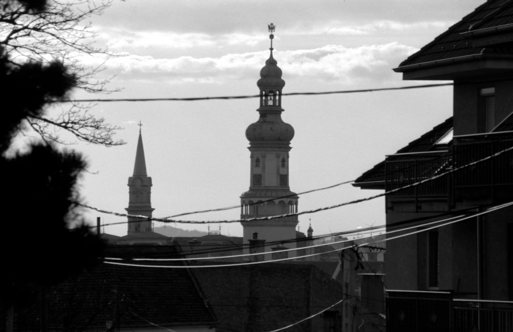 2014-analog / 4 – Sopron wires © Gabor Suveg