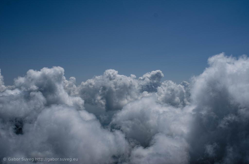 cloudsurfing / 3 © Gabor Suveg