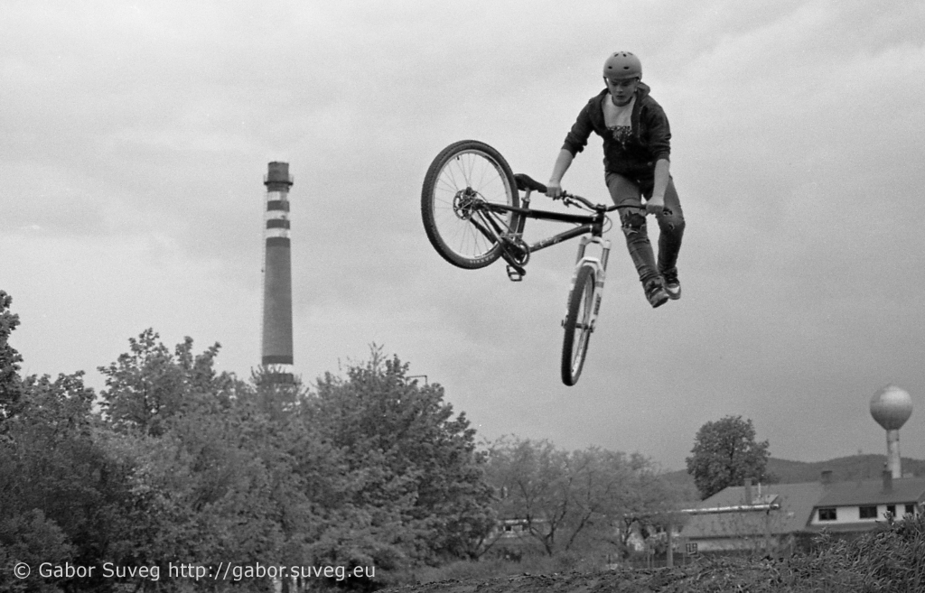 dirt jump training / 2 © Gabor Suveg
