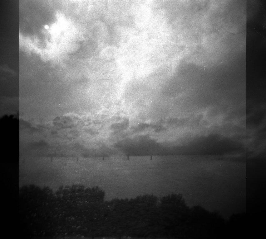 142 / 2013 - far away dreaming © Gabor Suveg