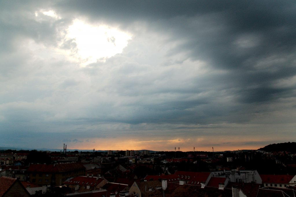 173 / 2013 - before the thunder © Gabor Suveg