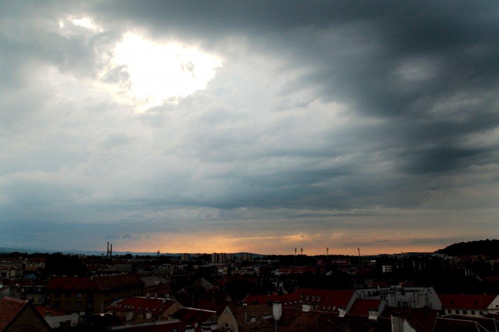 173 / 2013 - before the thunder © Gabor Suveg