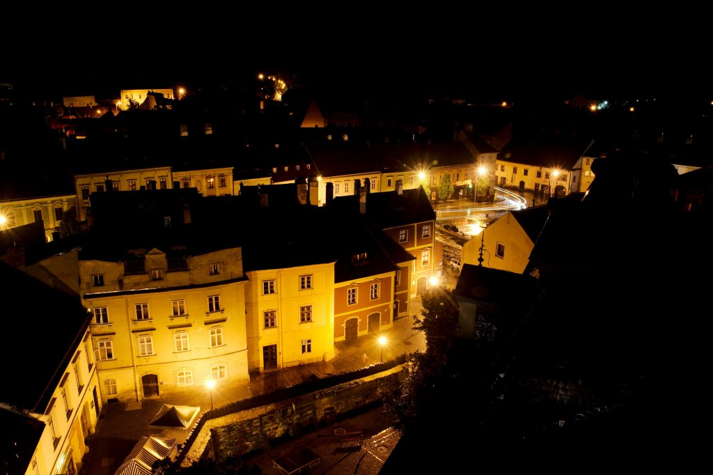 177 / 2013 - at night inside © Gabor Suveg