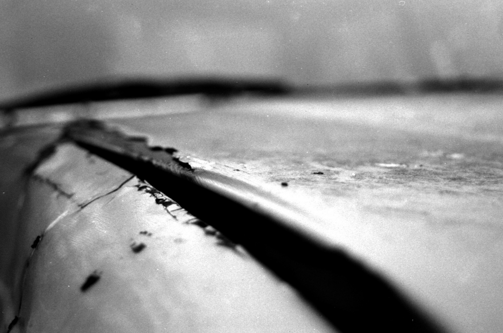 276 / 2013 – crack on the surface © Gabor Suveg