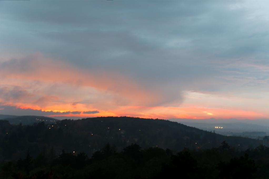 285 / 2013 – foggy sunset © Gabor Suveg