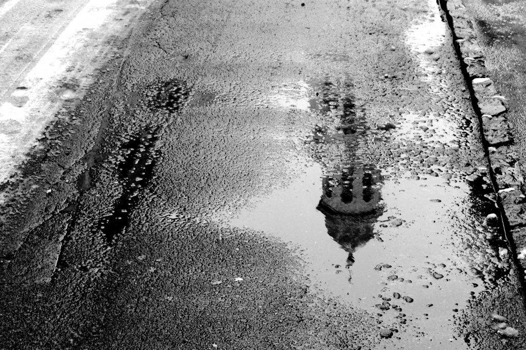 41 / 2013 - reflection  © Gabor Suveg