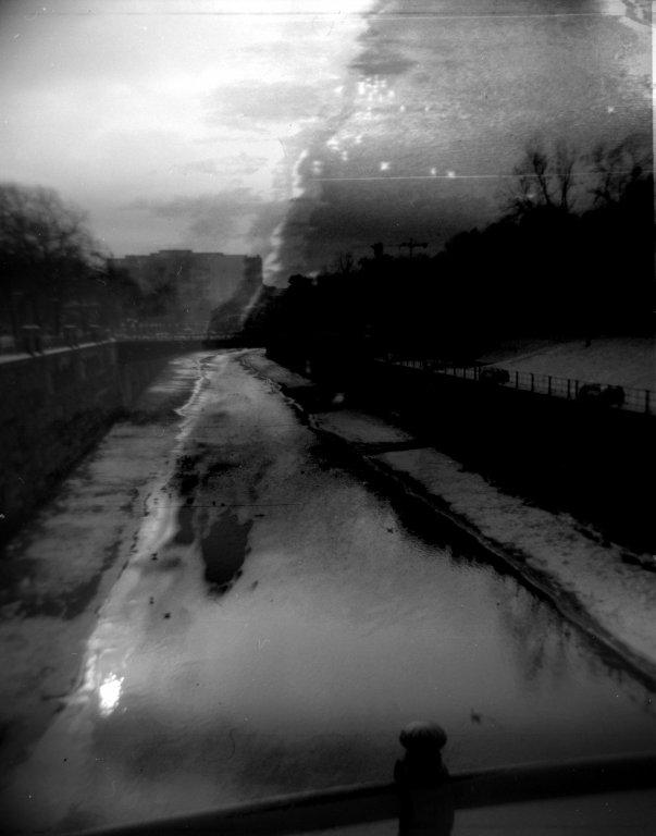 97  / 2013 - broken pieces © Gabor Suveg