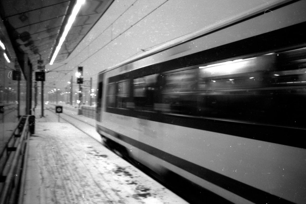 28 / 2013 - here my train a coming © Gabor Suveg