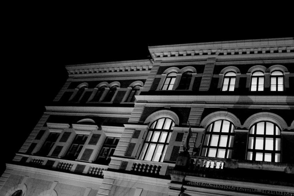 56 / 2013  - AMI by night  © Gabor Suveg